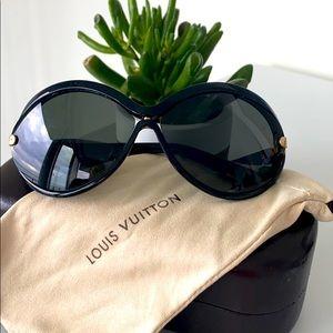 Authentic Louis Vuitton sunglasses.